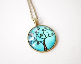 Tree cabochon necklace