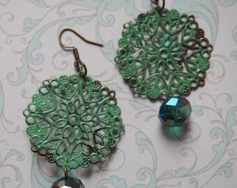 Earrings, lightweight earrings, patina earrings, swarovski earrings, beads, green, patina, filigraan, fine, feminine, jewelry, shabby, chic
