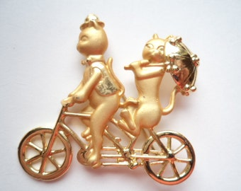 Vintage Signed AJC Gold/Matt petwer Cats on Tandem