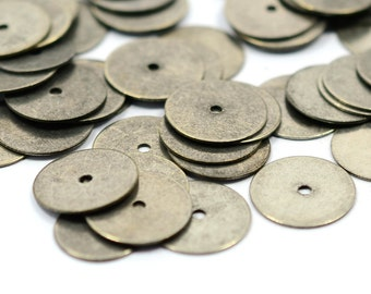 100 Pcs. Antique Silver 12 mm Round Middle Hole Findings