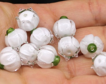 White/clear lilly beads 10-11mm