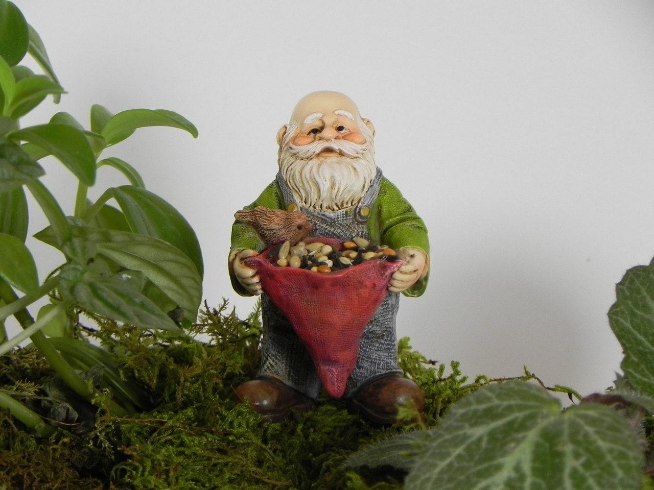 Gnome In Garden: Miniature Gnome Fairy Garden Accessories Bird Feeder Fairy