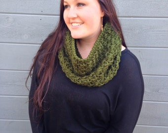 THE NOR'EASTER••cowl / thick / chunky / green