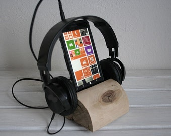 Natural Oak Wooden handmade Wood iPhone Stand Wooden iPhone Docking Station Elm wood iPhone Dock Wooden iPhone holder.