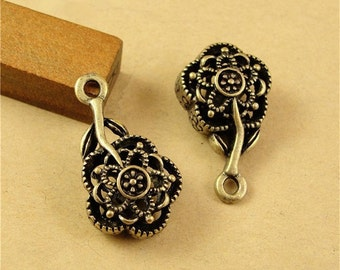 20 Hollow Rose Charms, 26x15mm Brass Tone Flower Pendants A2295