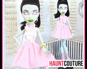 """Monster Doll Haunt Couture: """"Prim and Proper"""" high fashion dress clothes"""
