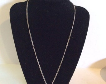 Avon necklace 20 in
