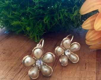 1950s Pearl and Rhinestone Earrings