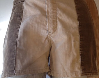Shorts Corduroy two tone by Sundek size 30 waist tan brown surf skate original late 1970-80s