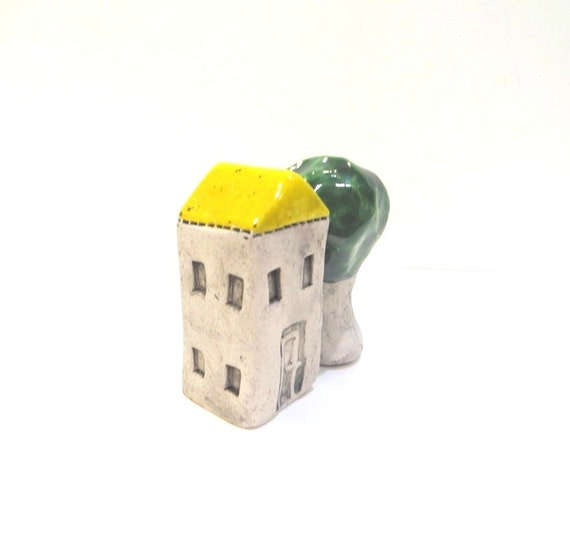 Little Ceramic House Miniature House Little Rustic Cottage Ceramic House with Yellow Roof and Ceramic Tree