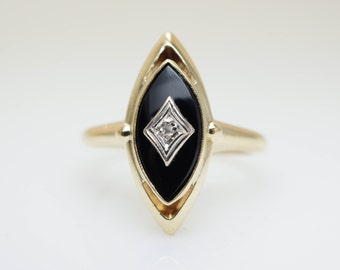 Vintage Black Coral & Diamond Solitaire Ring 10k Yellow Gold Coral Ring Signet Ring