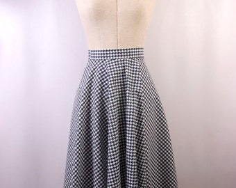 Circle Skirt in Black and White Houndstooth