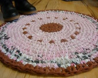"Round Rag Rug 24"" Pink color Rag Rug, Crochet Rug, Bath mat"