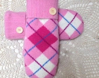 Pink argyle mittens-Upcycled recycled sweater mittens in  pink  argyle pattern felted lambswool