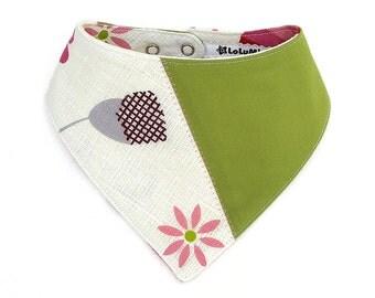 Vintage Fabric Bib – Handmade Limited Edition Upcycled Fabric Baby Bib in Green and White - Bib #15
