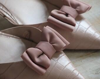 Mauve shoe clips Mauve wedding Dusty rose shoe clips Mauve wedding shoes Mauve bridesmaids gift Dusty rose wedding Dusty rose bridesmaids