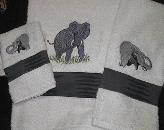 Elephant embroidered towel set