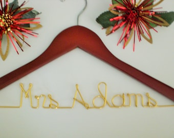 Personalized Hangers, Personalized Wedding Hangers, Custom Wedding Hanger, Weddings,Bride, Weddings,Bridesmaid Gifts,Maid Of Honor,Gifts