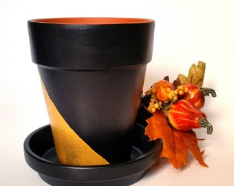 Black & gold clay flower pot and saucer