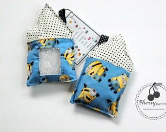 SALE blue Minions I Spy bag