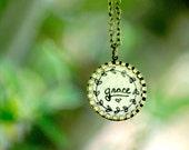 GRACE // Romantic Vintage Necklace