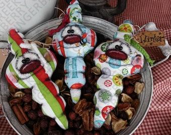 E-Pattern - Christmas Cheer Bulb Ornies Pattern #151 - Primitive Doll/Ornie E-Pattern