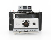POLAROID Automatic 350 Land Camera with new 3V battery - uses fuji 100c or 3000b - film tested and working