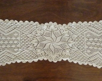 Vintage large crocheted cotton table runner, 1960's