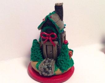 Miniature Holiday House
