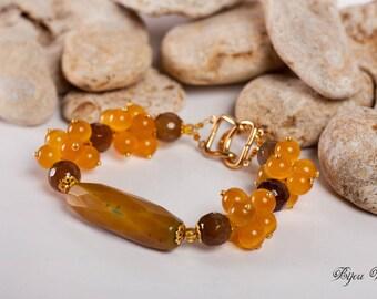 Bracelet with agate, cat eye, gemstone bracelet, agate jewelry, gift for her, eryday jewelry, yellow bracelet, for her, yellow agate