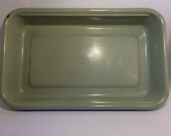 CLEARANCE! - Green/avocado Enamelware Tray/Cake/Lasagna Baking Pan