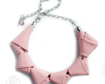 Leather necklace powder pink LOOPed