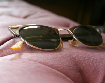 1950's Cat Eye Horn Rimmed Glasses