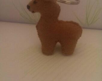 Felt alpaca llama keyring