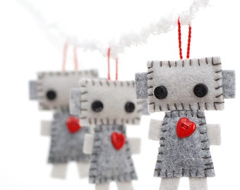 Hanging Plush Robot Ornaments - Set of 3 - Red Hearts and Loops - Christmas Ornaments - Gift Tag