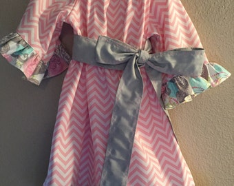 Little GIrl Size 4/5T Dress with Matching Bow