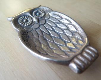 Brass owl decor dish / key holder / ring dish / owl / brass owl / jewelry holder / home decor / brass home decor / owl / owl dish