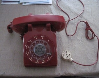 RED WESTERN ELECTRIC Rotary Bell 500 Telephone