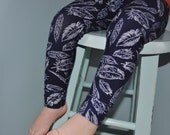 Baby Leggings, Navy and white Feather Leggings, MADE TO ORDER Cotton Leggings by The Little Spoons