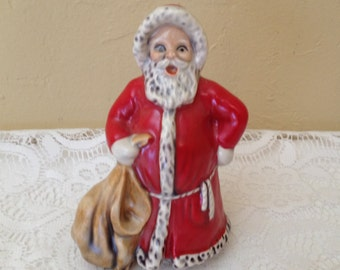 Vintage Goebel Santa Claus from 1975-Great Collectible