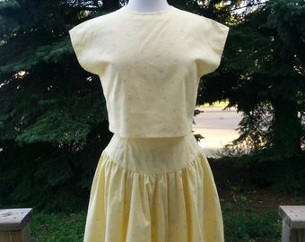 Vintage 80s Two Piece Yellow Jumper Cut Out Crop Top and High Waisted Flounce Skirt