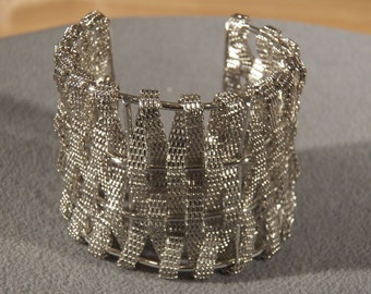 vintage Silver tone Fancy Detailed Inter Woven Mesh Cuff Bangle Bracelet    **RL