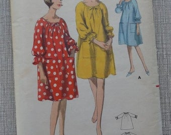 Quick N Easy Scoop Necked A Line Smock in Size Medium Complete Vintage Butterick Sewing Pattern 3796