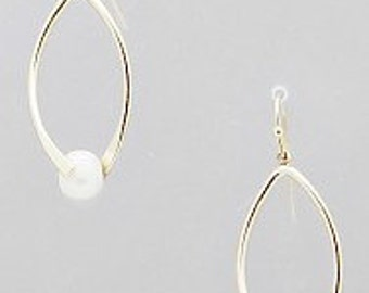 Oval Shaped Pearl Earrings, Gold Oval Earrings, Pearl Accents,