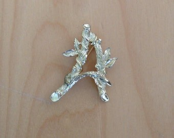 Sarah Coventry Brooch Letter A Initial Pin Hat Scarf Brooch Gold Branches