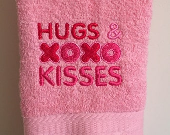 Embroidered ~HUGS & KISSES XOXO~ Kitchen Bath Hand Towel