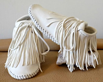 White Fringe Moccasins, Handmade Wedding Mocs, Custom Hand Sewn, Natural Shoes, Boho, Bridal, Ceremony Mocs