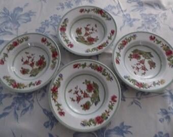set of 4 Spode dessert dishes/plates