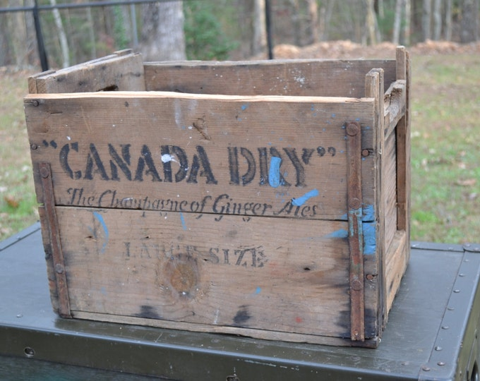 Vintage Canada Dry Wooden Crate Ginger Ale Rustic Storage Decor Photo Prop Display Panchosporch