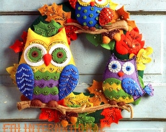 Bucilla Owl Wreath ~ Felt Fall Colors Kit #86562 Acorns, Leaves Autumn Halloween DIY